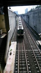 09-train