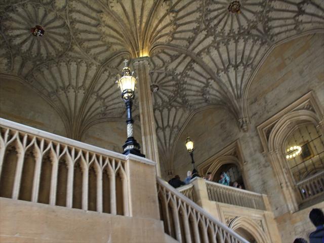 オックスフォード階段